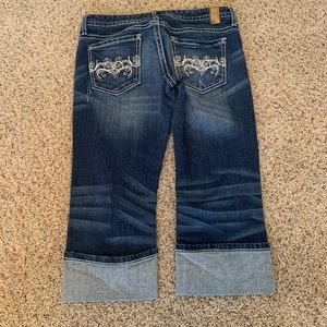 Maurices cuffed Capri jeans - size 5/6 or 28
